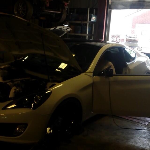 2jz in a Hyundai Genesis. Borg s366 at 18 psi. Aem v1 tune.#2jz #hyundai #genesis #rsenthalpy